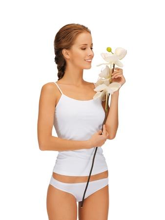cotton panties: imagen brillante de mujer encantadora con flor de la orqu�dea