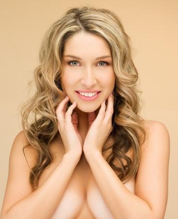 mujeres jovenes desnudas: cuadro del primer brillante de hermosa mujer en topless Foto de archivo