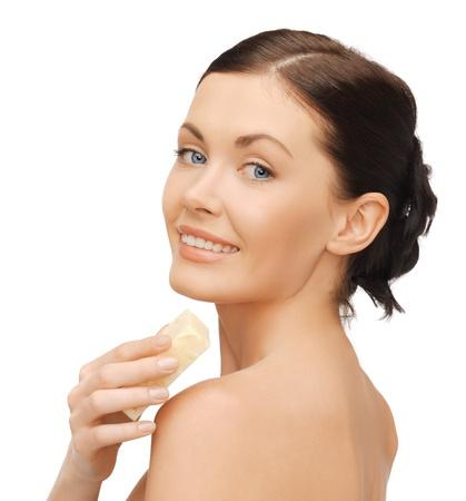 jabon liquido: imagen brillante de hermosa mujer con jabón