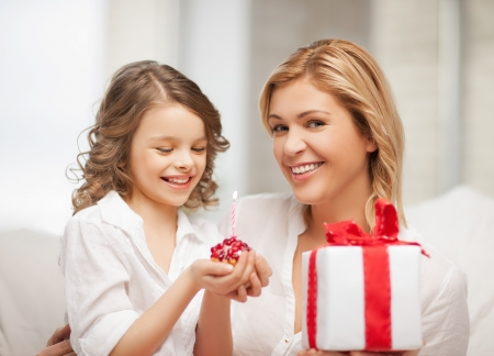 picture of mother and daughter with cupcake Stock Photo - 18160966