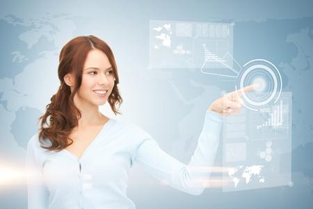 imagen de atractiva empresaria tocar la pantalla virtual Foto de archivo