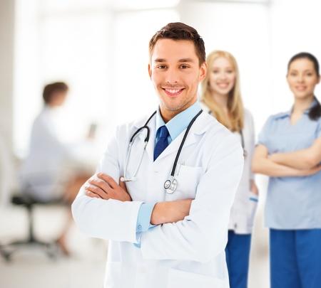 聴診器で男性医師の明るい絵 写真素材