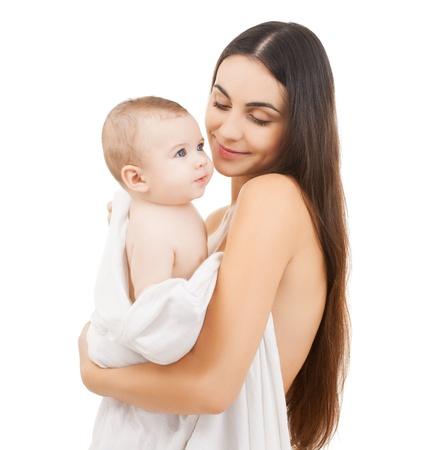 かわいい赤ちゃんとの幸せな母の写真