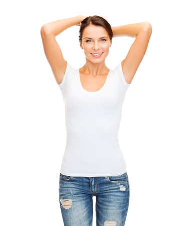 t-shirt design concept - smiling woman in blank white t-shirt Stok Fotoğraf