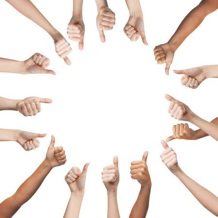partes del cuerpo humano: gesto y el cuerpo de concepto partes - manos humanas que muestran los pulgares para arriba en el círculo Foto de archivo
