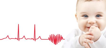 electrocardiograma: niños, personas y concepto de la felicidad - adorable bebé