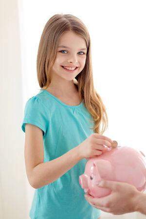 leanBonnie Maison Mod/élisation Mignon Fer Tirelire Banque /Économie dargent Enfants Enfants Bo/îte De D/ép/ôt De Monnaie Cadeau danniversaire-Rose