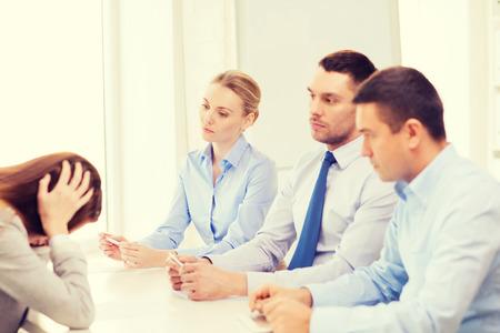 comité d entreprise: affaires, de carrière et le concept de bureau - affaires se tiré dans le bureau Banque d'images
