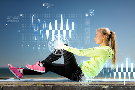 resting heart rate: woman doing sports outdoors