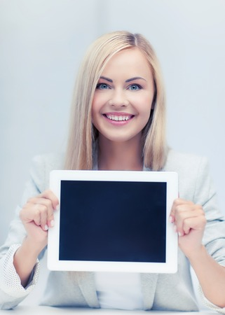 e book device: picture of smiling woman showing tablet pc display