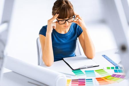 choosing: stressed interior designer