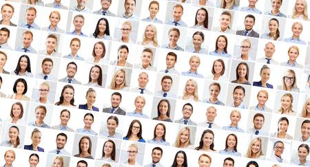 mucha gente: el concepto de éxito - collage con muchos hombres de negocios retratos Foto de archivo