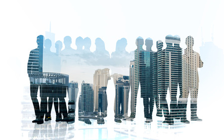 비즈니스, 팀워크 사람들 개념 - 이중 노출 효과와 도시 배경 위에 비즈니스 사람들이 실루엣