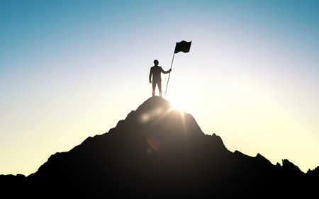 negócio, sucesso, liderança, realização e conceito dos povos - silhueta do homem de negócios com a bandeira no topo da montanha sobre o fundo claro do céu e do sol