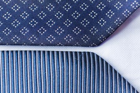 Sluit omhoog van blauwe gevormde banden