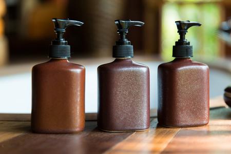液体石鹸や浴室でのローションのボトル