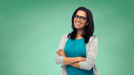 happy smiling young indian woman in glasses 免版税图像 - 78748933