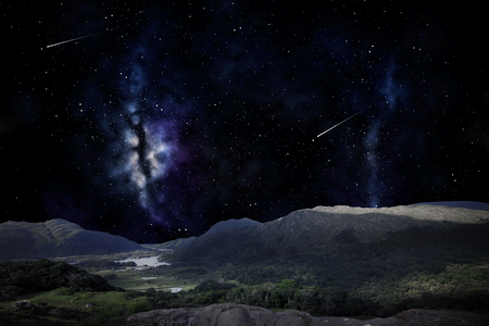mountain landscape over night sky or space 版權商用圖片 - 85951948