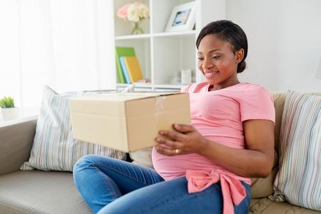 """Résultat de recherche d'images pour """"livraison femme enceinte"""""""