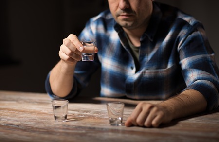 man drinking alcohol at night Stock Photo - 103089656