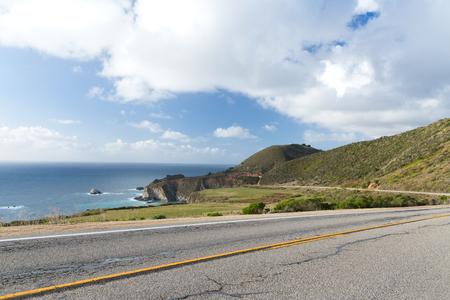 Hermosa vista de la costa de Big Sur en California