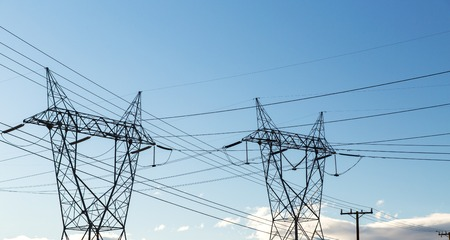 transmission towers and power line Banque d'images - 112403715