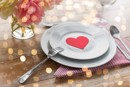 Close up of table setting for valentines day Imagens