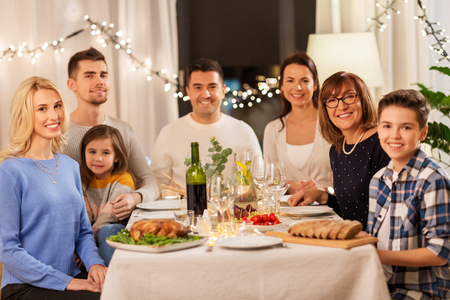 happy family having dinner party at home Stockfoto