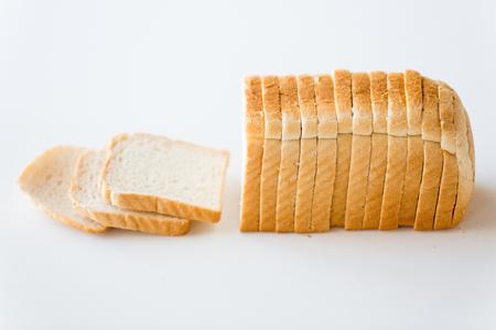 zbliżenie białego chleba tostowego