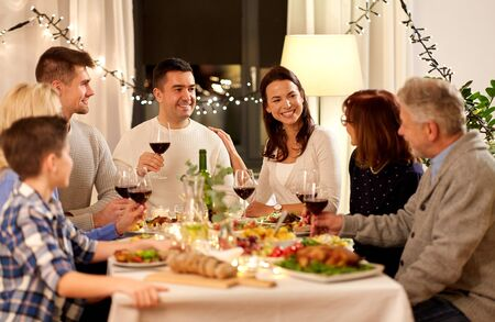 happy family having dinner party at home Stok Fotoğraf