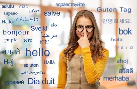 student girl over words in foreign languages Zdjęcie Seryjne