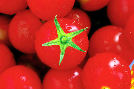 bunchy: red tomatoes cherry. Cherry tomatoes close-up.