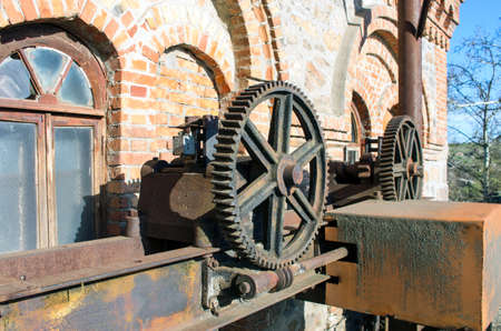 Old rusty gears, machinery parts. Imagens - 57802463