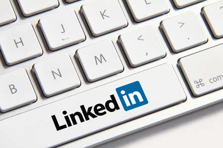 Johor, Malaysia - Jun 14, 2014: Linkedin icon on keyboard button, Linkedin is a popular free social networking website in the world, Jun 14, 2014 in Johor, Malaysia. Éditoriale