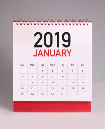 Einfacher Tischkalender für Januar 2019 Standard-Bild