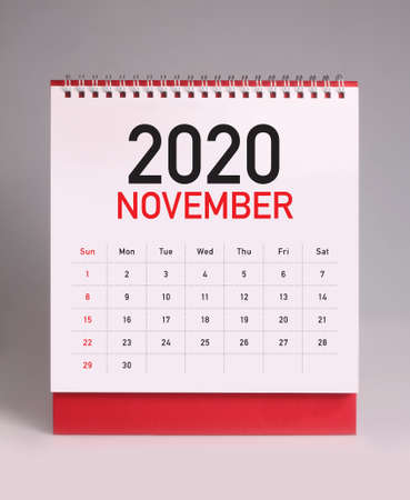 Simple desk calendar for November 2020