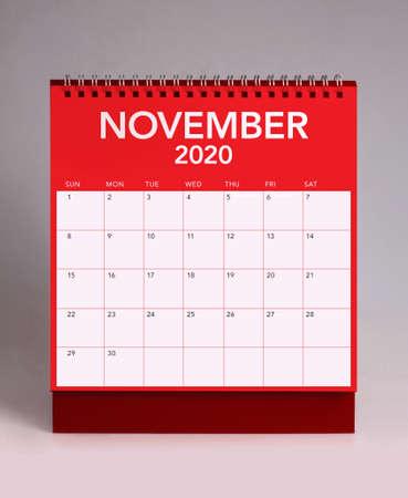 Simple desk calendar for November 2020