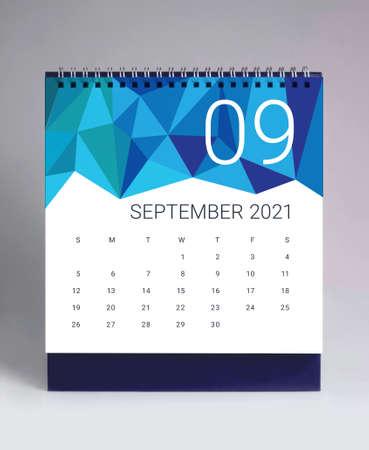 Simple desk calendar for September 2021 版權商用圖片