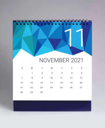 Simple desk calendar for November 2021 版權商用圖片 - 159311661