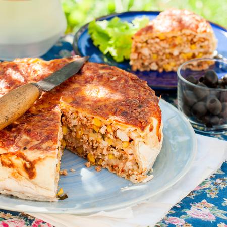 tortilla de maiz: Mexicana de pollo, calabacín y maíz Tortilla Pie, plaza