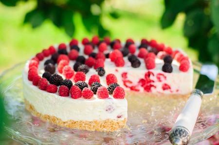 black raspberries: No-bake Fresh Raspberry Cheesecake with Red and Black Raspberries, Summer Cake