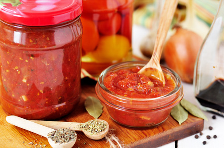 marinara: Making tomato and herb sauce, preserved Marinara