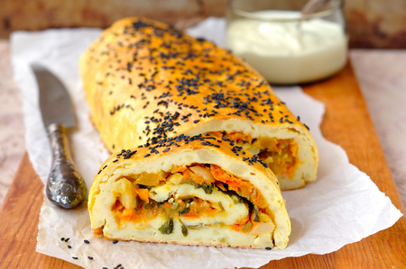 Potato Roll with Vegetable Filling 스톡 콘텐츠