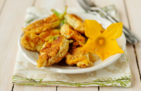 Fried stuffed zucchini flowers 스톡 콘텐츠