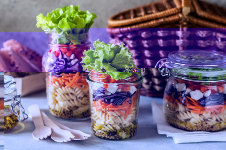 Pasta and Vegetable Salad in a Jar, copy space for your text Standard-Bild