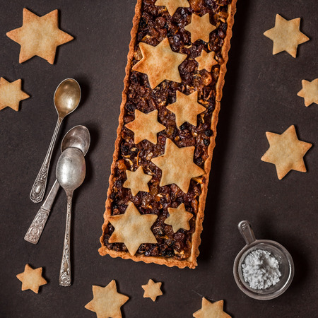 British Christmas Mincemeat Tart, Shortcrust Pastry with Fruit Mince Stock Photo