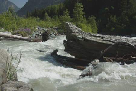 frac12: River in mountains