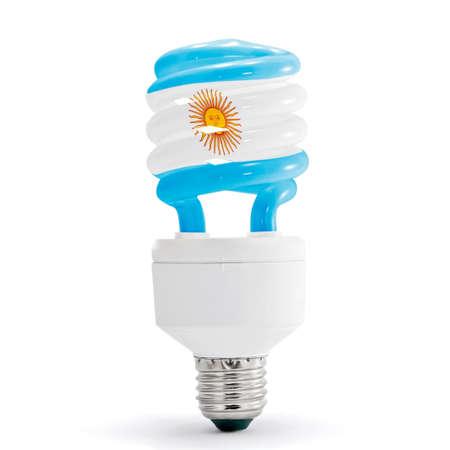 bandera argentina: Bandera de Argentina en la lámpara ahorro de energía aislados.