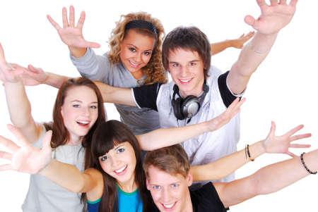 foule mains: Groupe des jeunes de joie avec les mains tendues vers le haut sur un fond blanc