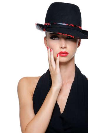 lip shine: Glamour elegante con bellissime donne sexy cappello nero